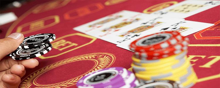apostando al Baccarat en casinos en vivo
