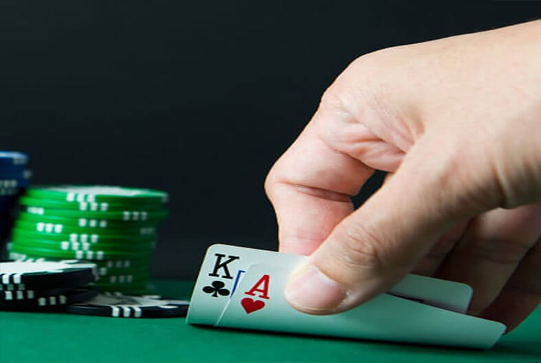cartas de 21 Blackjack con fichas de dinero real
